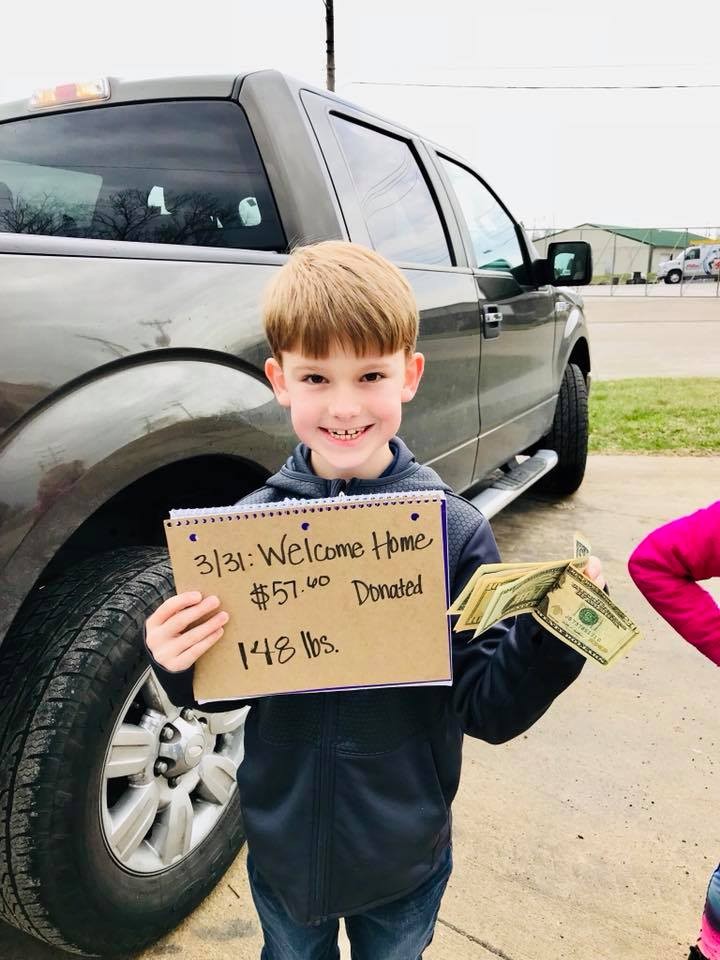 Read more about the article Rock Bridge 3rd grader crushes cans for veterans